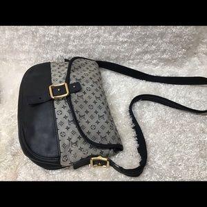 Louis Vuitton Berangere Shoulder Bag